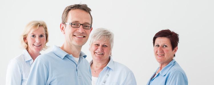 Das Team unserer Praxis: Gudrun Meschi, Dr. med. Hendrik Wattendorff, Elisabeth Wienen und Heidrun Weber